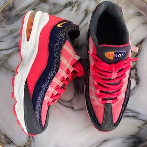 Nike Girls Air Max '95 Size 6.5Youth